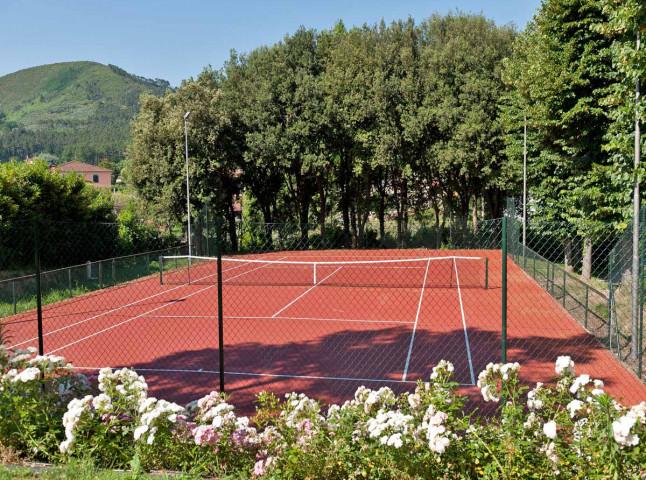 2-Tennis Court