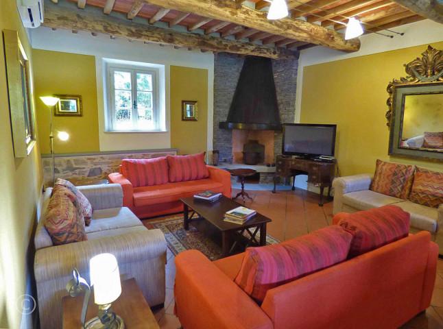 7-Sitting Room